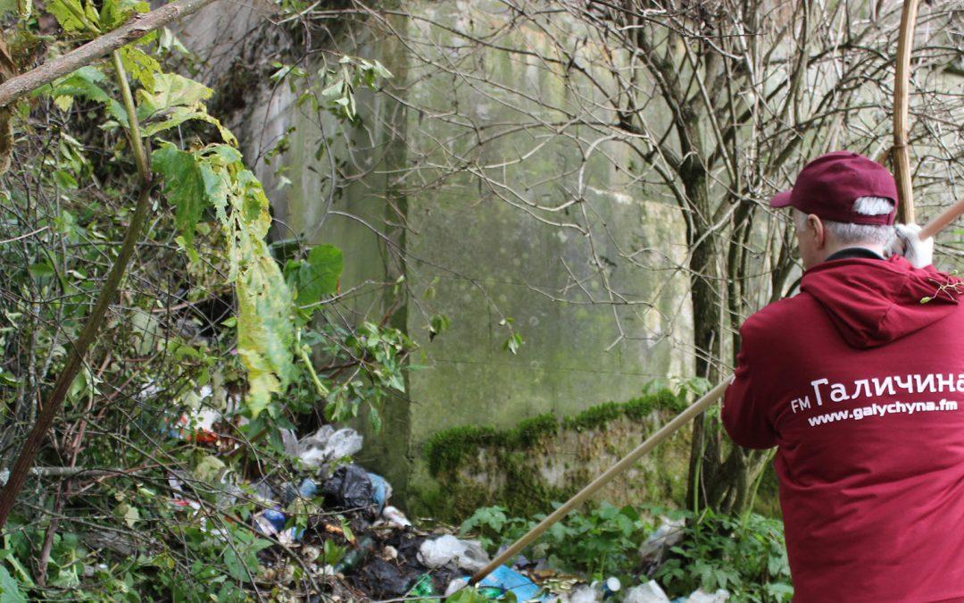 Прибирання річки Ріки на Закарпатті